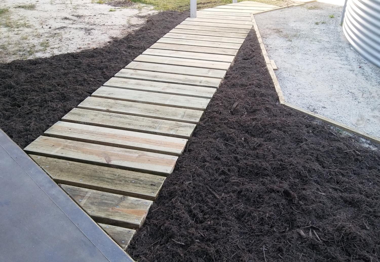 Building a Wood Sleeper Garden Path on Sloping Garden Path Ideas  id=50081
