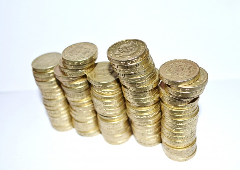 Have You Heard the One About the New £1 Coins: Deadline Looms But New Coins 'Wrongly Returned'