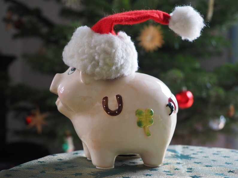 Pressure to Overspend at Christmas