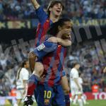 2004-05-barcelona-home-shirt-30-messi-nike1630579320