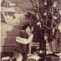 Have Yourself A Clara Bow Christmas