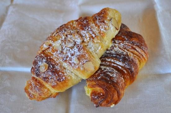 croissants-aux-amandes