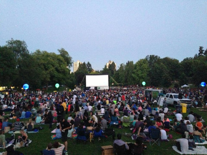 Free-Outdoor-Movies-Vancouver-2014-800x600