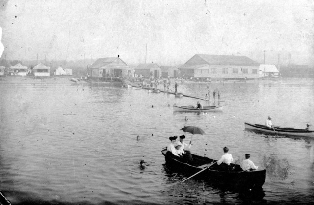 Water front view of buildings on Kitsilano Beach w/dance hall and boathouse 1905 Matthews, James Skitt, Major