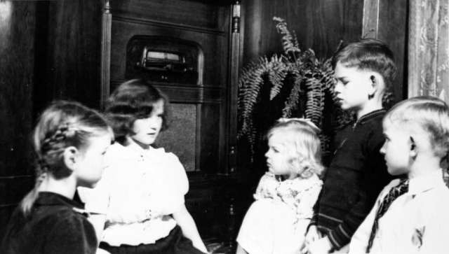 The Gowe children listening to Santa Claus on the radio. Image: vancouver Archives