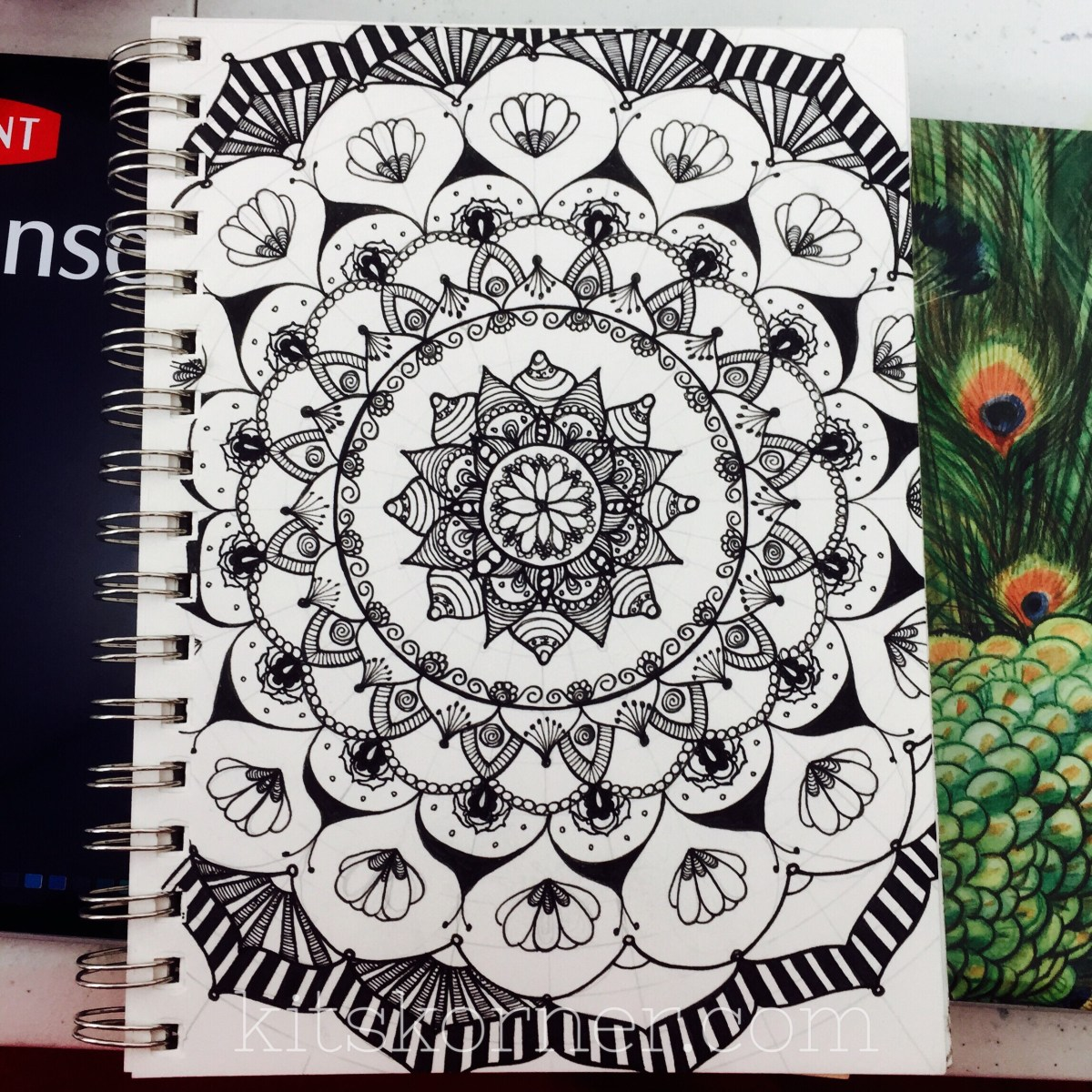 Sketchbook : Open Composition Mandalas