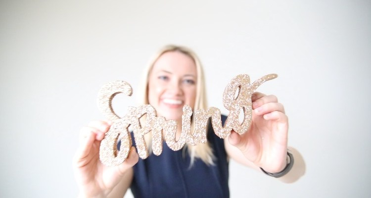 DIY: Create Your Own Gold Glitter Word Cut Out Decoration