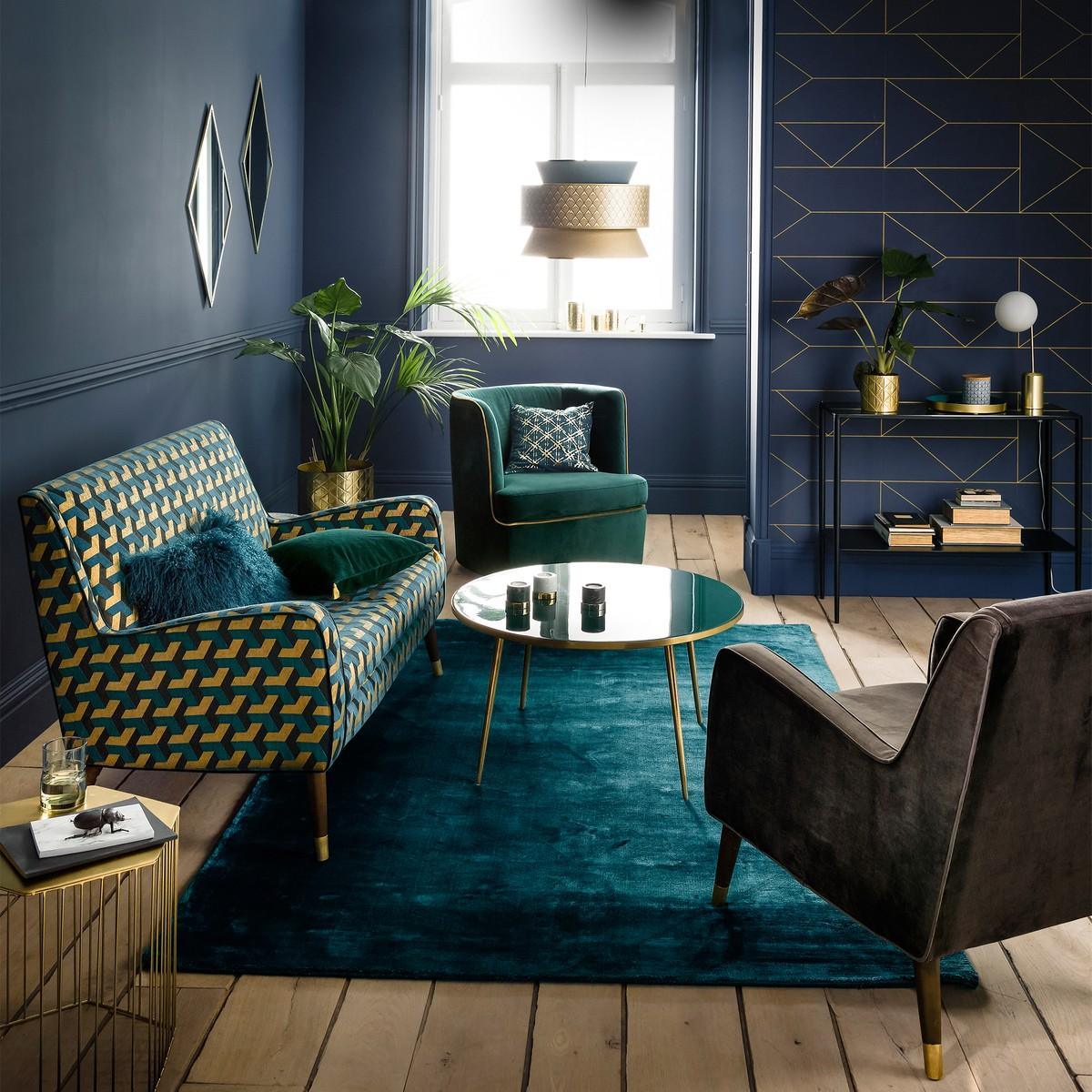 Green, gold and navy blue living room| Green Living Room Ideas | kittyandb.com | #greenandblue #colourfulhomedecor #greenlivingroom #bluewalls