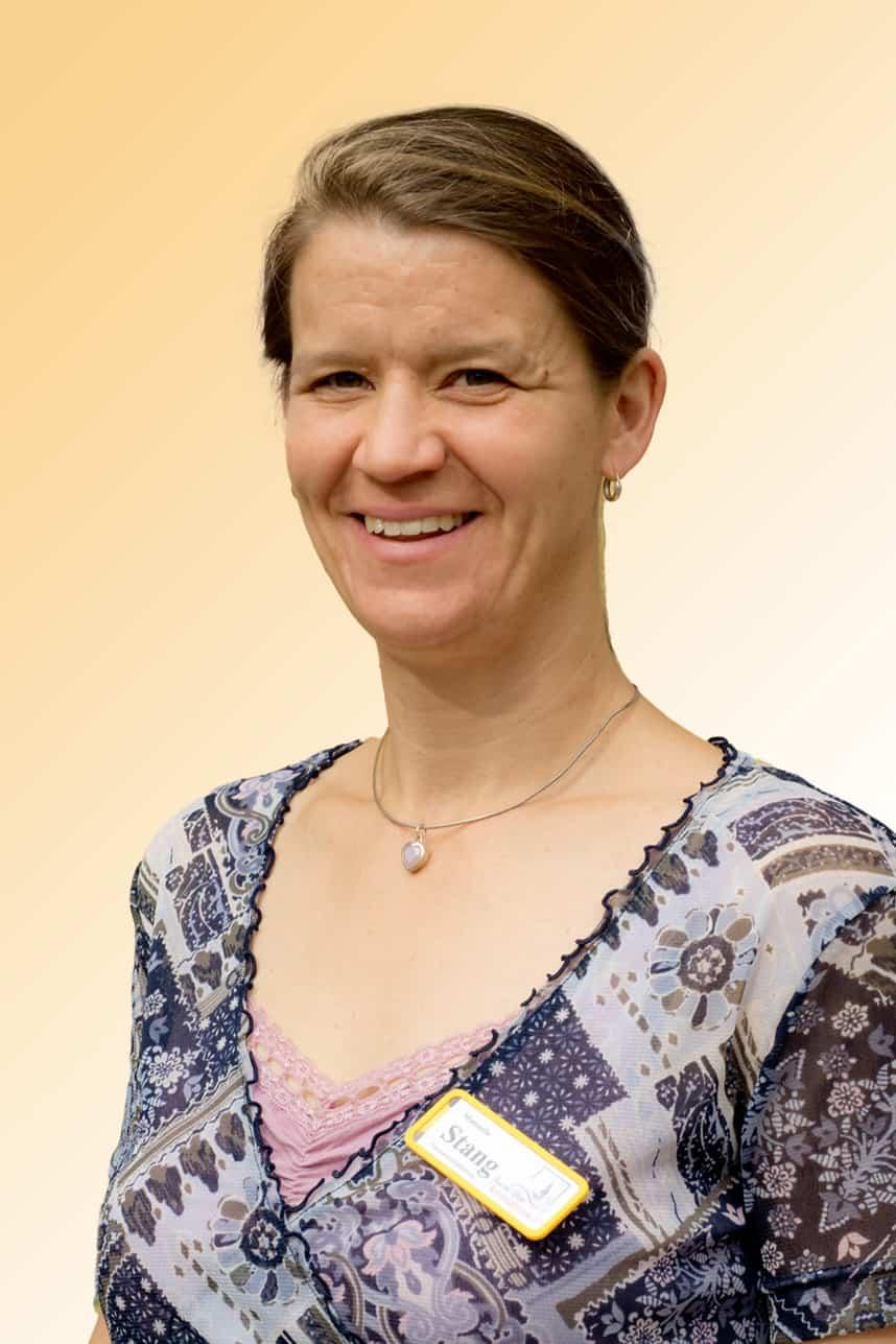 Manuela Stang, Hauswirtschaftliche Betriebsleitung