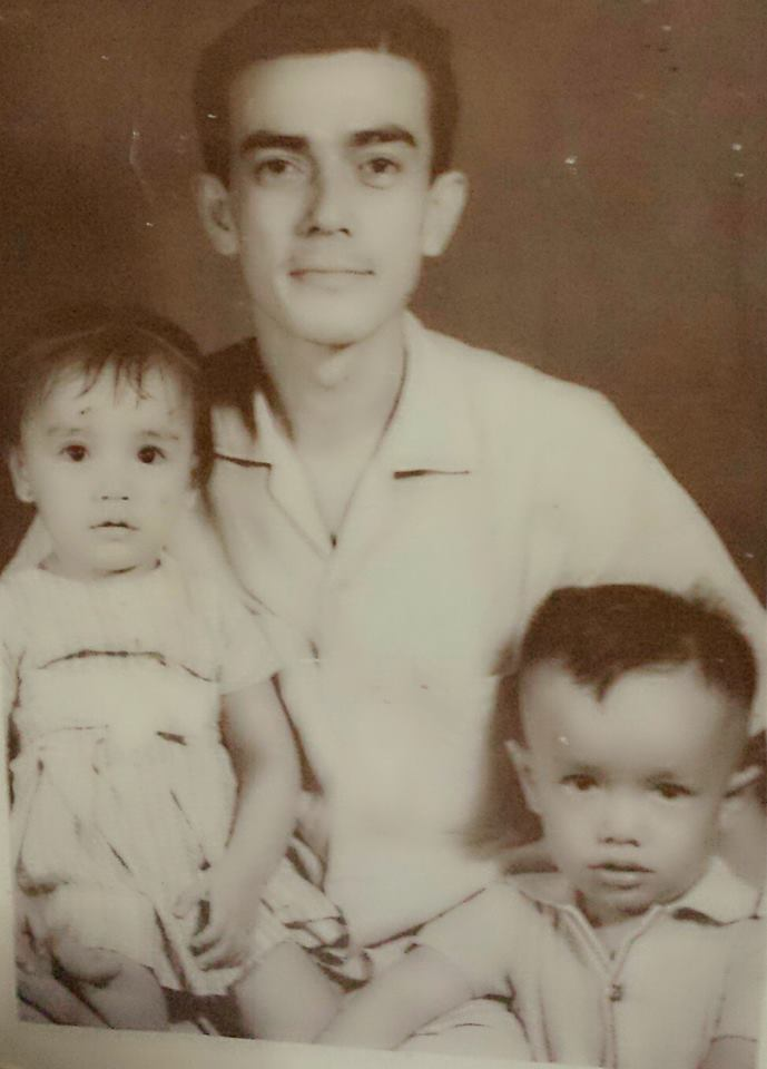 Lolo with Tita Babes and Papakins
