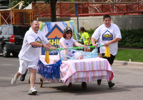 Kiwanis Day Makers IHN Bed Race 2011