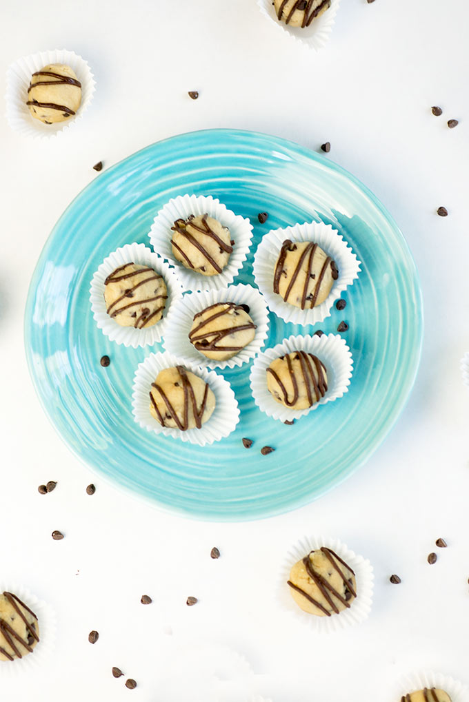 Chocolate Chip Cookie Dough Bites - this eggless cookie dough recipe is a fun dessert that will please a crowd. Make a big batch because they freeze great!