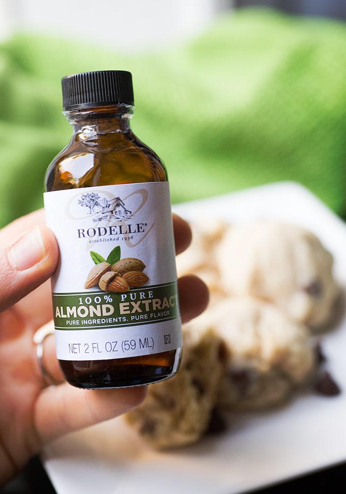 Homemade Almond Butter - Veganosity