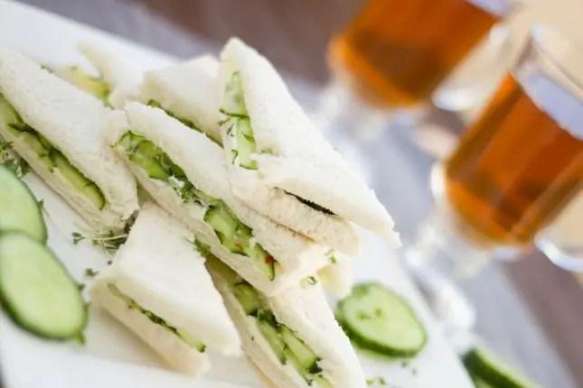 Picnic-party---club-sandwiches