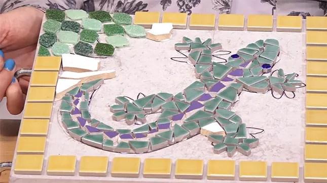 garden craft ideas mosaic tile