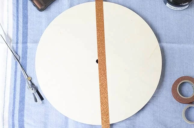 how to make tape off a decorative wall clock to paint