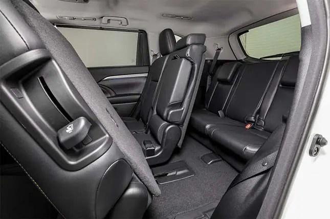 Toyota Highlander GXL-interior