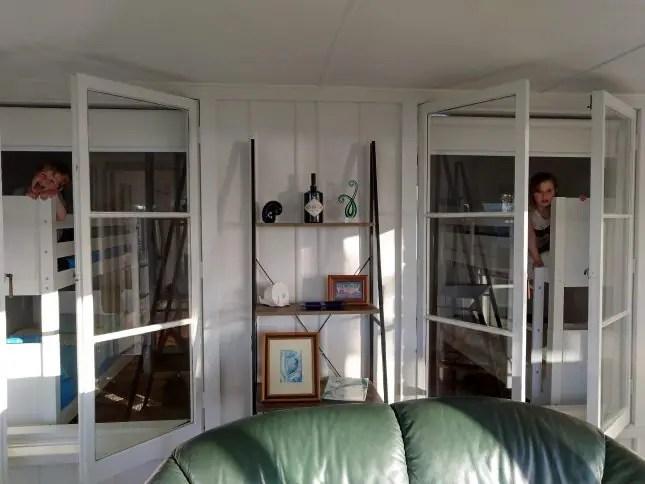 Hannah's Bay Cottage-lounge
