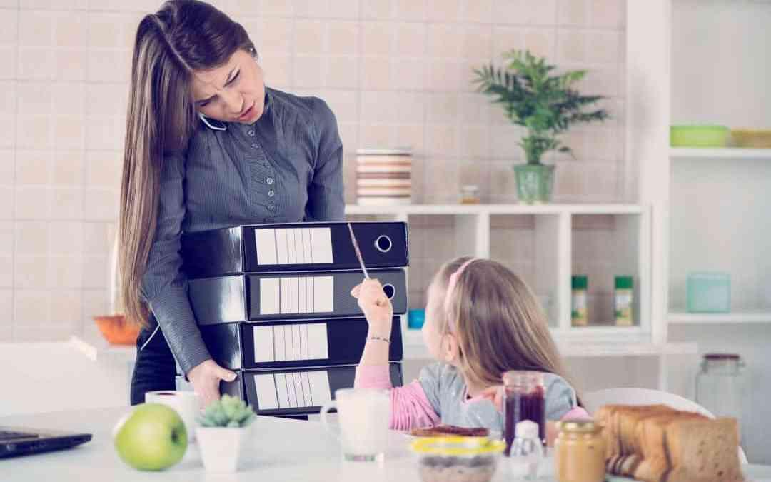 Maman et entrepreneure : des réseaux et des espaces de travail pour vous !