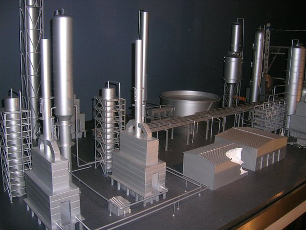 https://i1.wp.com/www.kiwimill.com/wp-content/uploads/2012/09/refinery-model-2.jpg