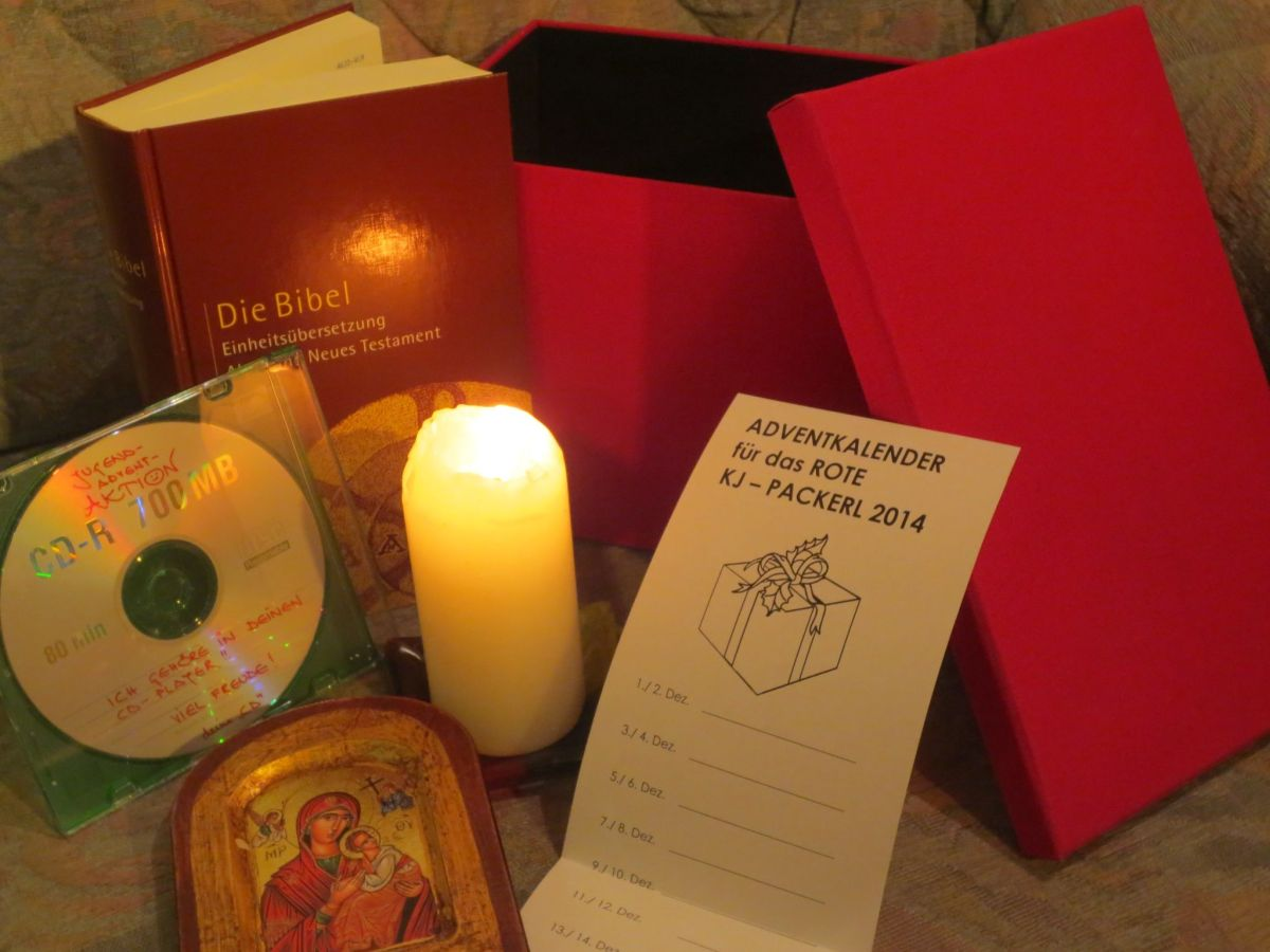 Advent-Jugendaktion: Das rote Paket!