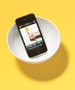 iphone bowl 300 - Zemanta Related Posts Thumbnail