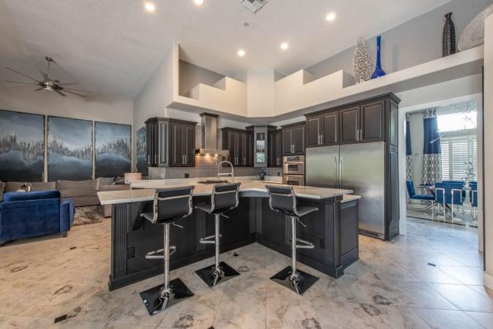 Transitional Kitchen Interior Design