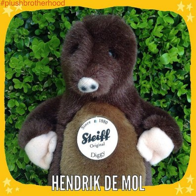 The Plush Brotherhood - Hendrik de Mol
