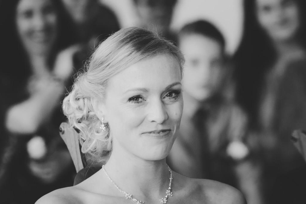 foto van een bruidspaar tijdens een bruiloft door bruidsfotograaf Kirstin Kraaijveld uit Hellevoetsluis