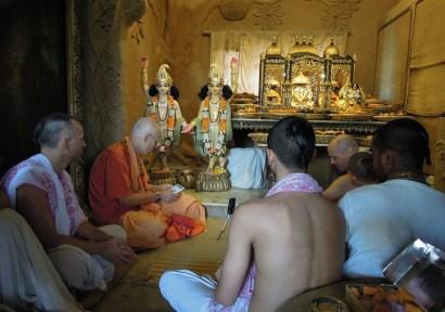 KKS in Aindra Prabhu's room