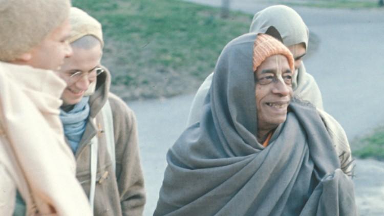 Prabhupada morning walk chadar