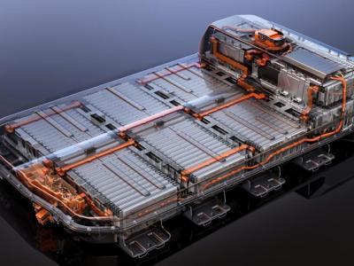 كيف تزيد من عمر بطارية سيارتك الكهربائية؟