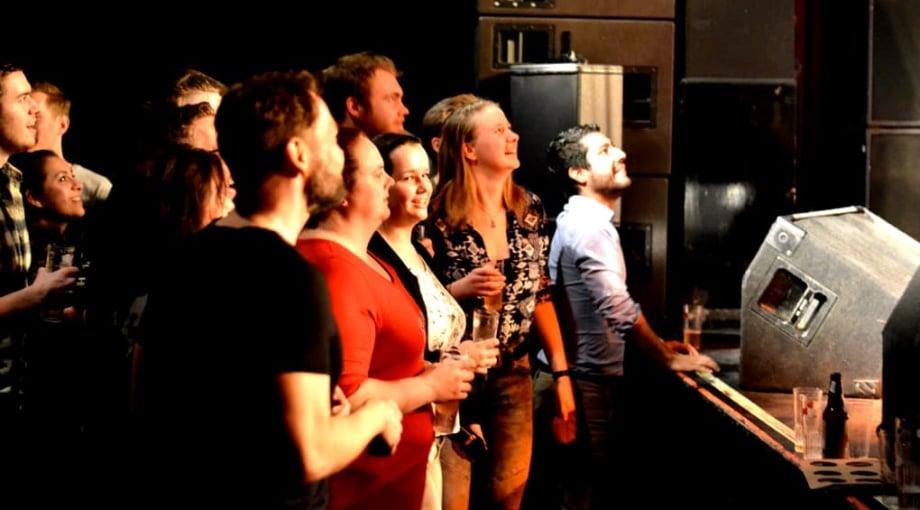 Geslaagd feestje Broken Brass Ensemble Willem Twee poppodium