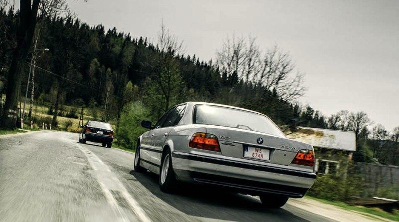Mercedes-Benz W140 600SEL vs Bmw E38 750iL  V12 Rekabeti