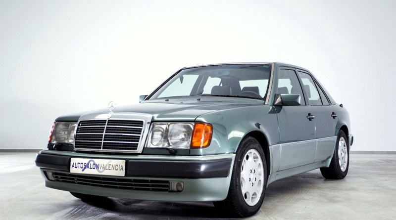 Efsane Mercedes-Benz W124 500E Birinci Seri