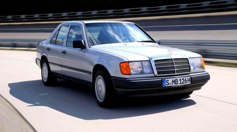 W124 Mercedes'de, Dizel mi, Benzinli mi? Sizin İçin Araştırdım.