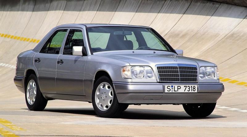 W124 Mercedes-Benz E 200 Rehberi