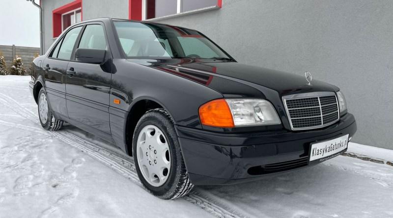 Boyasız 26 Bin Km.de Mercedes-Benz W202 C180 Classic