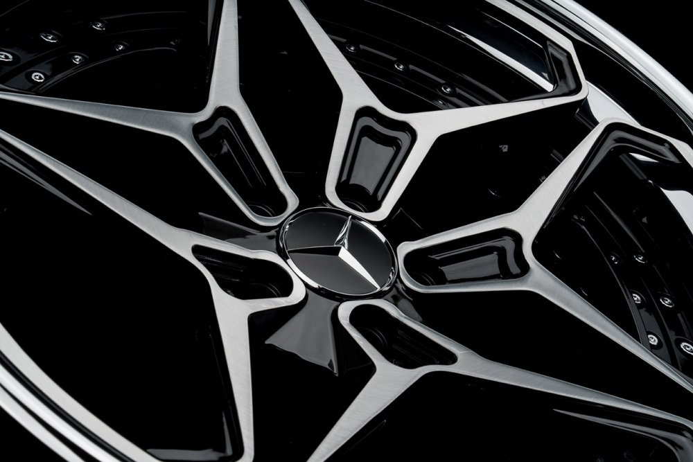 klassenid-wheels-cs55t-two-tone-brushed-face-with-gloss-black-windows-and-chrome-lip-hardware-11