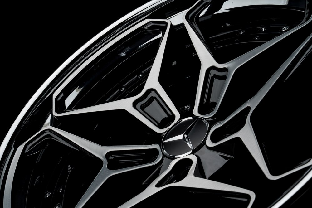 klassenid-wheels-cs55t-two-tone-brushed-face-with-gloss-black-windows-and-chrome-lip-hardware-12
