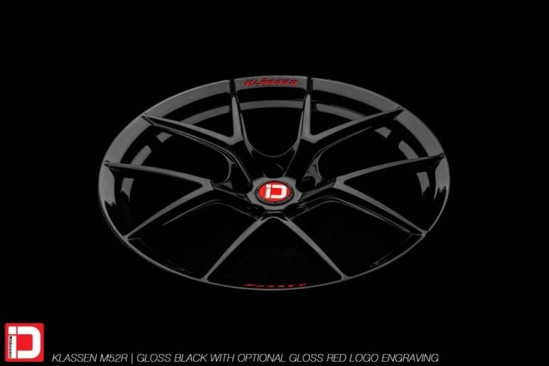 klassenid-wheels-m52r-gloss-black-gloss-red-text-5