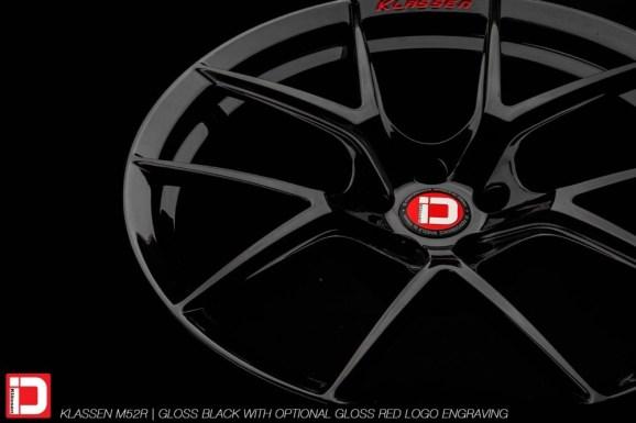 klassenid-wheels-m52r-gloss-black-gloss-red-text-6