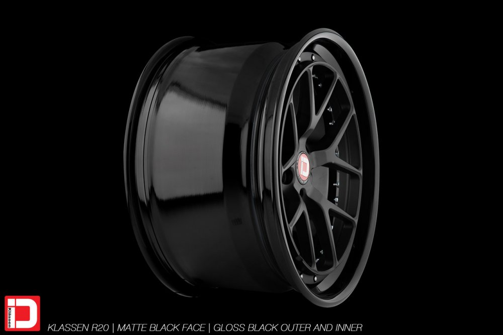 klassenid-wheels-r20-matte-black-face-gloss-black-lip-chrome-hardware-12