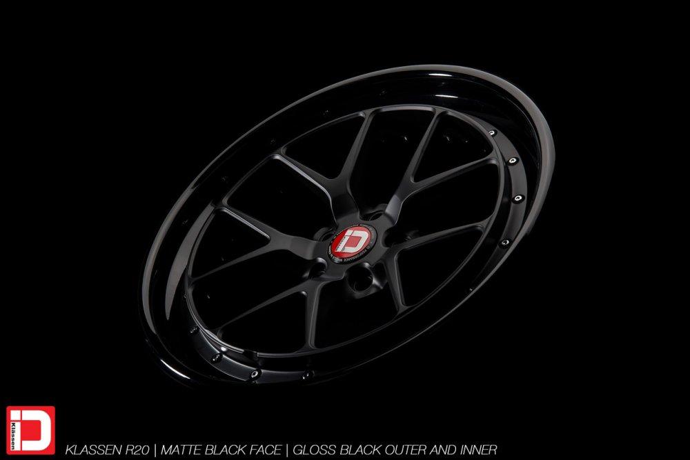 klassenid-wheels-r20-matte-black-face-gloss-black-lip-chrome-hardware-3