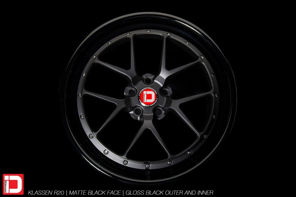 klassenid-wheels-r20-matte-black-face-gloss-black-lip-chrome-hardware-6