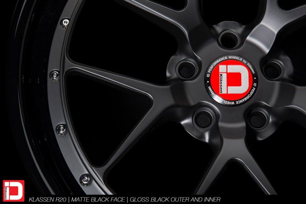 klassenid-wheels-r20-matte-black-face-gloss-black-lip-chrome-hardware-7