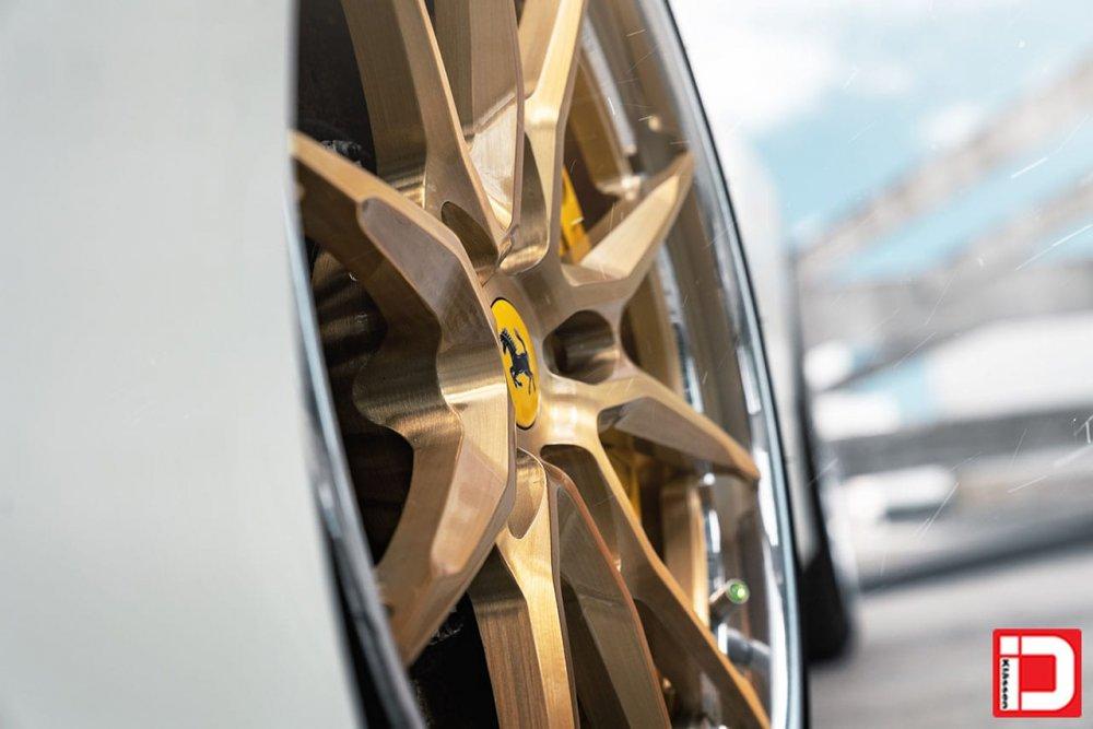 Ferrari 488 – KlasseniD Wheels CS06S Brushed Radiant Gold