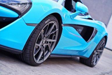 klassen klassenid wheels rims m56r gloss gunmetal mclaren 570s 675lt 720s baby blue custom forged monoblock directional split five spoke
