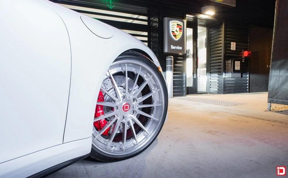 Porsche 991 Carrera Turbo – KlasseniD Wheels CS35S Polished