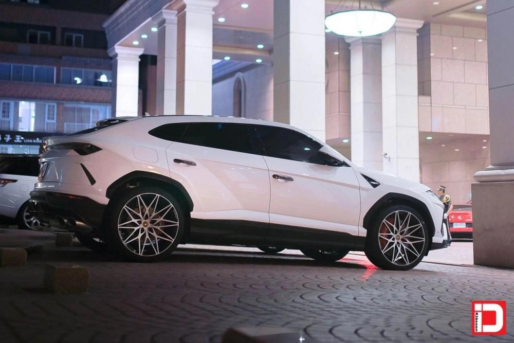 Lamborghini Urus – KlasseniD Wheels M54R – Two Tone